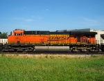 BNSF ES44AC 5882
